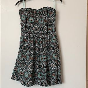 Francesca's Patterned Strapless Mini Dress